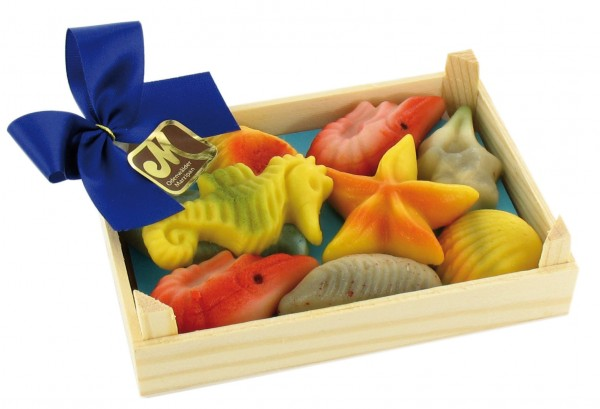 Meeresfrüchte in der Holzkiste